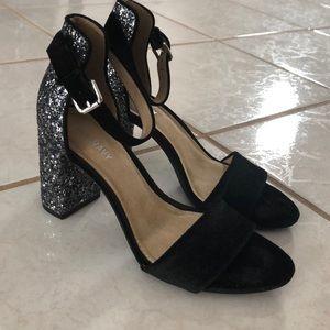 NWOT!! Old Navy Black Velvet and Glitter Heels